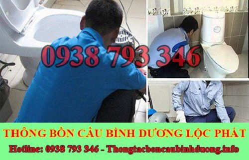 Nhân viên công ty Lộc Phát thực hiện quy trình dịch vụ